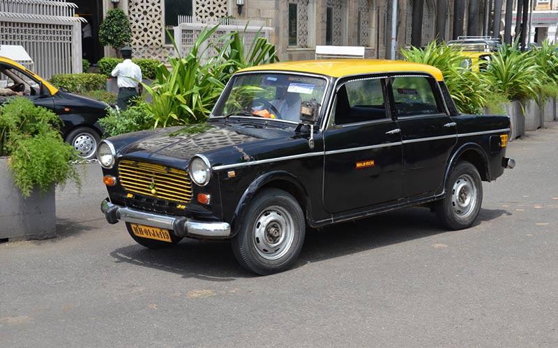 تصویر ریکشا در تاکسیرانی در هند
